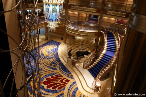 Disney_Dream_Cruise_Ship_016